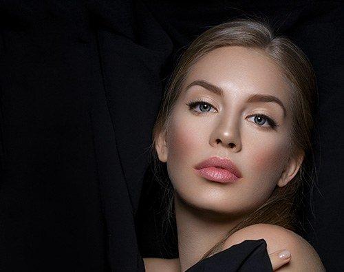 gezichtsbehandeling-wimpers-wenkbrauwen